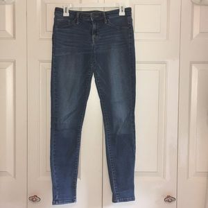 Mossimo Mid-Rise Denim Jegging Size 6/28R